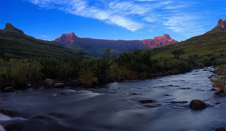 drakensburg-southafrica-stock-video-765w